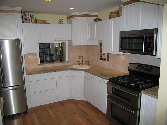 Great layout mom 39 s kitchen 10x10 kitchen ideas for Kitchen cabinets 10x10
