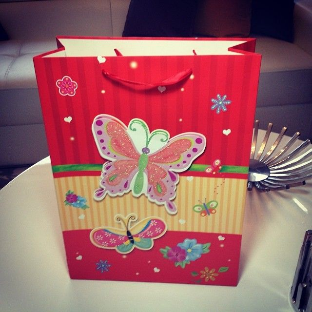 Çalışmalarınızı bu 3 boyutlu görsellere sahip çantalar ile süslemek istemezmisiniz #missqoqu #sabun #soap #soapmold #silikonkalip #sabunkalibi #kartoncanta #suslucanta #hediye #gift #hediyesabun #dügün #nisan #kina #kalip #nikah #follow #followme