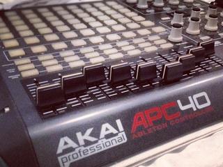 Akai APC40 Ableton live € 400