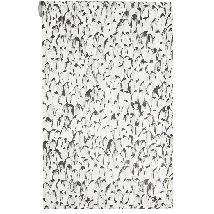 Vliesbehang Timo geeft jouw interieur net dat beetje extra met de vrolijke pinguins in de print. Kleur: antraciet. #vliesbehang #kwantumbelgie #kinderkamer #zwartwitwonen #pinguin