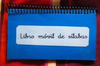 http://recursosdeaudicionylenguaje.blogspot.com.es/2012/05/libro-movil-de-silabas.html El baúl de A.L: Libro móvil de sílabas.
