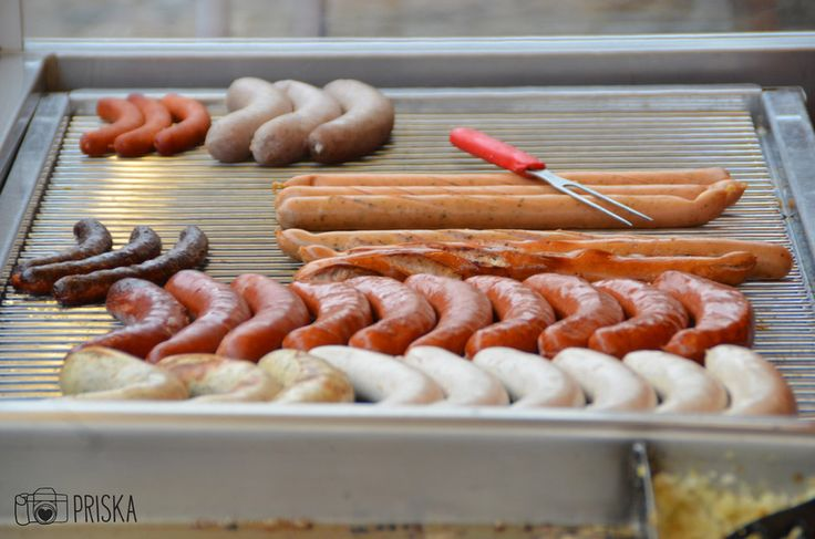 Imbiss Licht, Ihre Imbisstube in Bad Krozingen, bietet viele leckere und schnelle Gerichte von der Currywurst mit Pommes bis zur Frikadelle mit Kartoffelsalat.