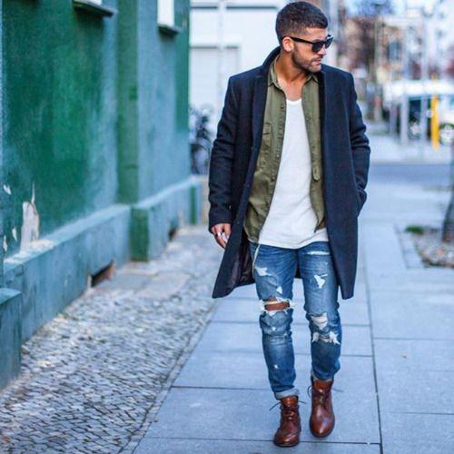 2016-03-07のファッションスナップ。着用アイテム・キーワードはカントリーブーツ, コート, サングラス, シャツ, チェスターコート, デニム, ブーツ, ワークシャツ,etc. 理想の着こなし・コーディネートがきっとここに。| No:135761