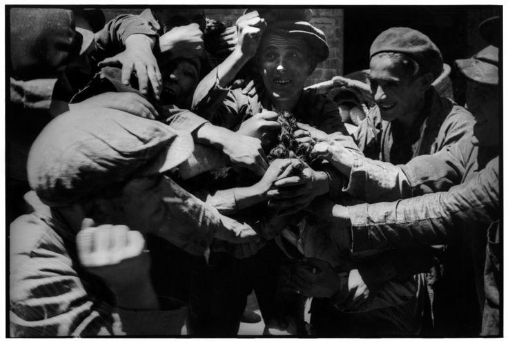 Henri Cartier-Bresson 1933 Valencia Province. Alicante. SPAIN. Magnum Photos -