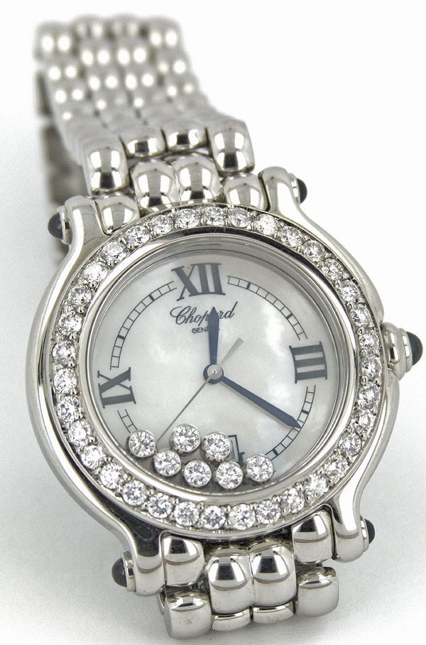 Little floating diamonds make me very happy.  Luv Chopard!!!