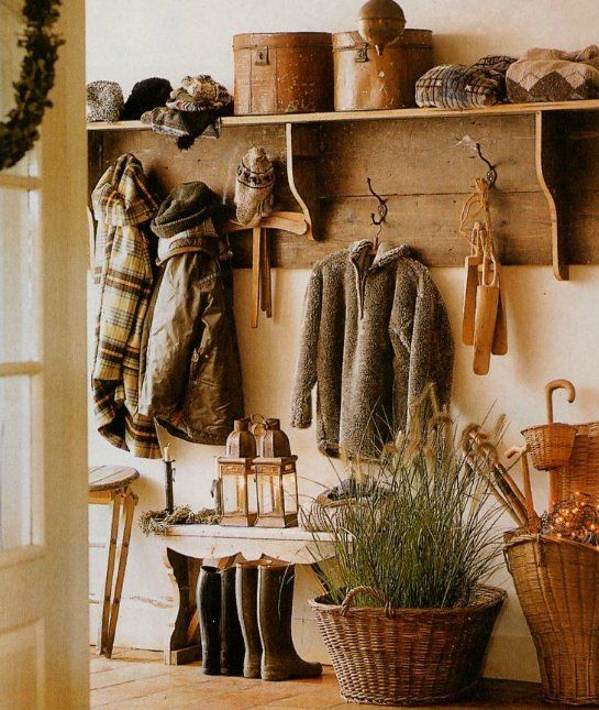 Lots of Hooks: 20 Inspiring Mud Rooms We Love