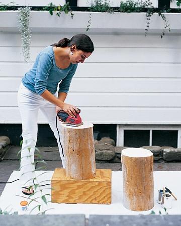 Mini tables avec troncs d'arbres