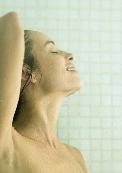 El truco para salir de la ducha más despierto