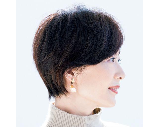 50代おすすめヘアカタログ 今 むしろ短いほうがフェミニンな印象に 最新ショートヘアスタイル ショートのヘアスタイル フェミニン ヘアスタイル