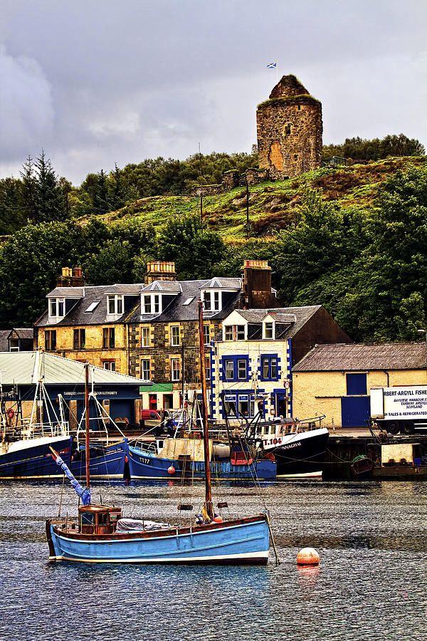 Tarbert Castle, Tarbert, Argyll, Loch Fyne, Scotland