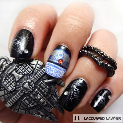 Lacquered Lawyer | Nail Art Blog: R2-D2