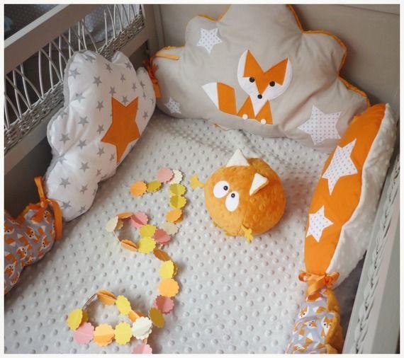 Déco lit bébé renard orange et beige blanc