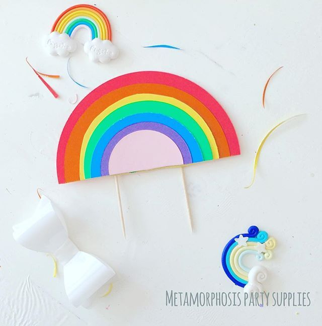 New #rainbow cake topper over at www.fb.com/metamorphosistea, what to you think guys? #rainbowparty #rainbowcake #uniquepartygifts #htlmp #smallbusiness #supportsmall #thecraftroom