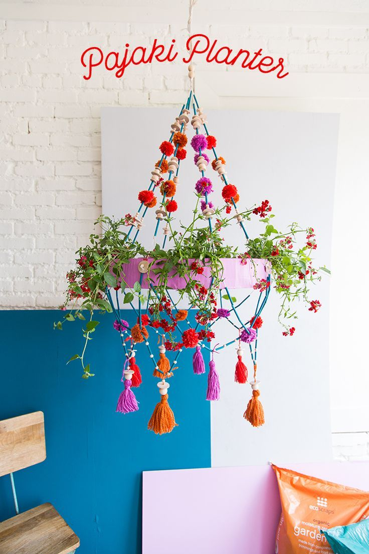 Bring some plants into your home with our DIY Polish Chandelier planter! A creative way to bring the outside inside!