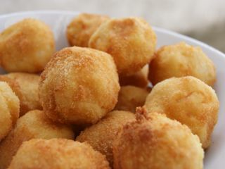 Croquettes de pomme de terre au fromage. - Recette Ptitchef