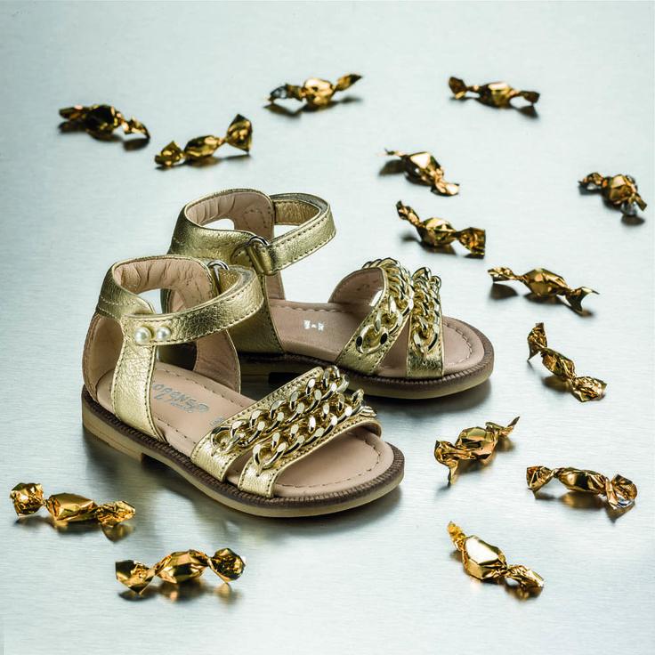 #Musa Among the wonders of Rome,soft as a cloud #Florens #Kidshoes #fashiongirls #littleprincess