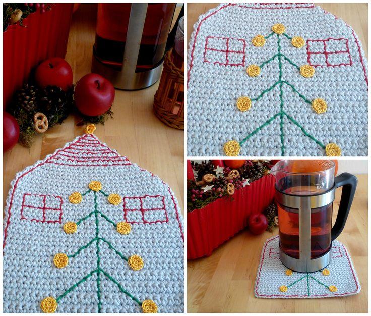 Crochet Christmas House HotPad