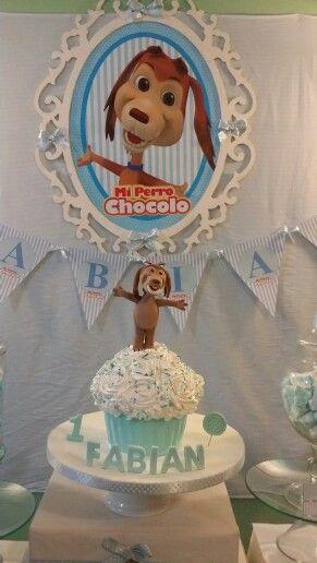Cupcake gigantes del perro chocolo