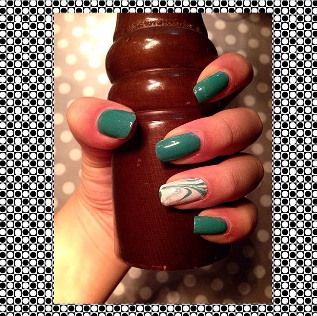 Marble effect   Turquoise nails