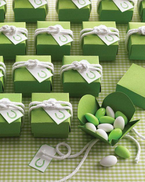 Sailor Knot for Favor Boxes - Martha Stewart Weddings Inspiration