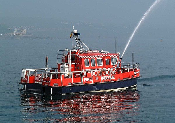Devon Fire and Rescue Service (UK) 'Vigiles' #fireboats #rescue #UK #emergency…