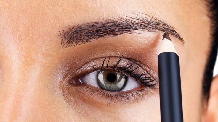 Der perfekte Schwung: Schritt für Schritt Augenbrauen schminken - so geht's!