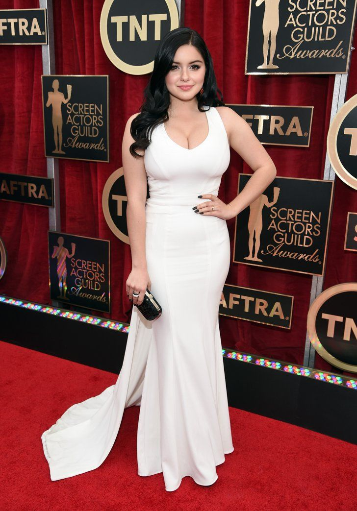 Pin for Later: The Fashion Choices at the SAG Awards Deserve 5 Stars Ariel Winter Ariel Winter flaunted her figure in a stunning Zac Posen number.