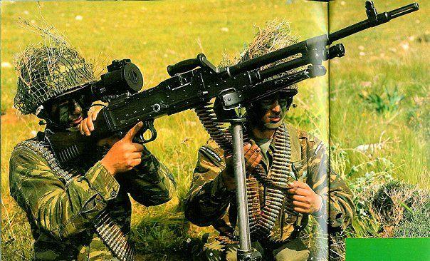Greek FN MAG team.