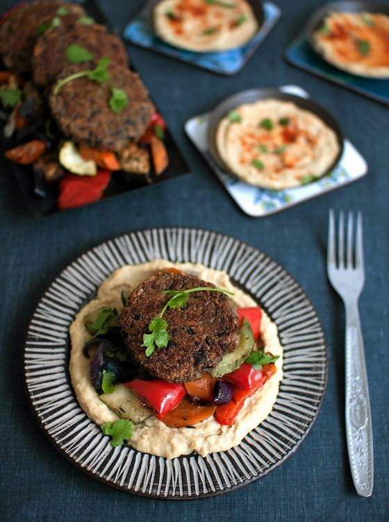 Kvinoa-mustapapupihvit