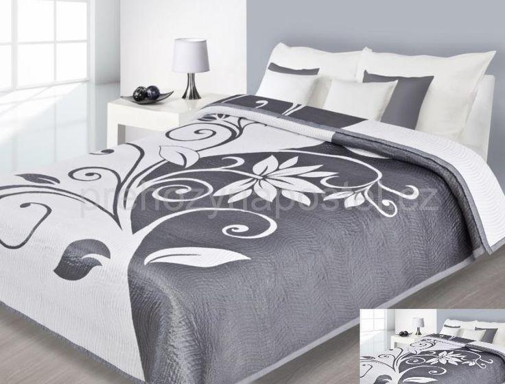 Bílo stříbrné přehozy na postel oboustranné s květinami