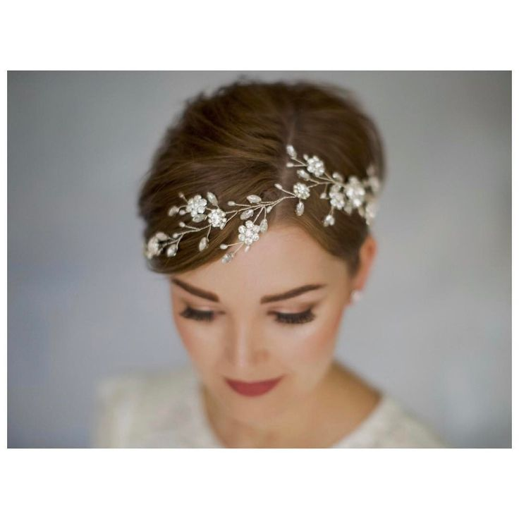 Haare mit kurze diadem brautfrisuren Brautfrisuren Kurze
