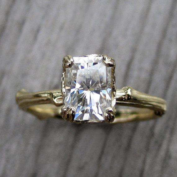 Reader Question: I Need Help Finding an #Engagement Ring peacefuldumpling.com