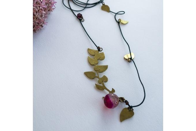 Vine leaf necklace by Tessa J Kelly