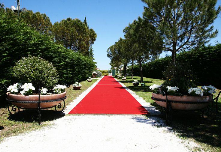 Amate, amate, tutto il resto è nulla. (Jean de La Fontaine) #wedding www.selvareale.it