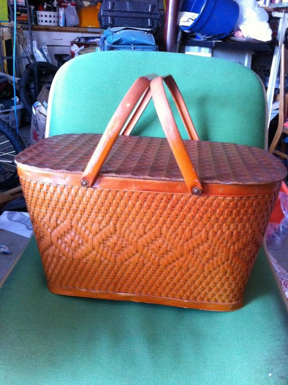 Redman woven picnic basket pre-midcentury by Mad4ModMalissa