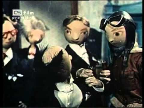 O SKLENIČKU VÍC- directed by Břetislav Pojar (1953)