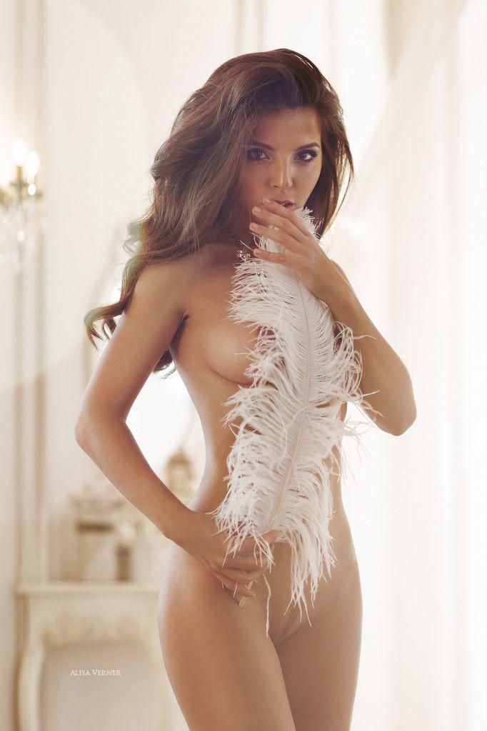 Alisa Nude Hot 14