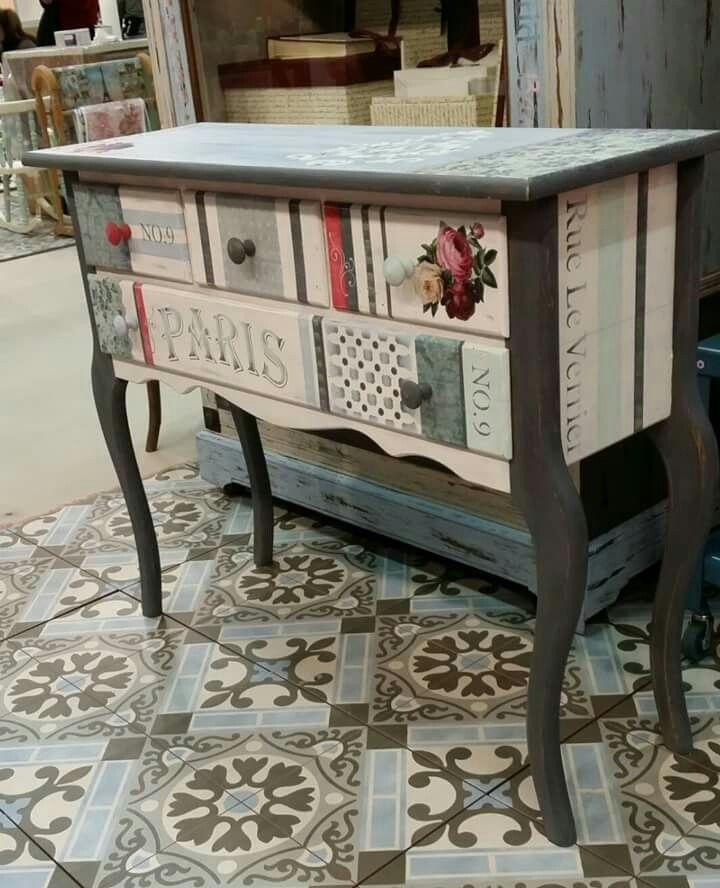 17 ideas sobre aparadores pintados de tiza en pinterest for Muebles pintados a la tiza
