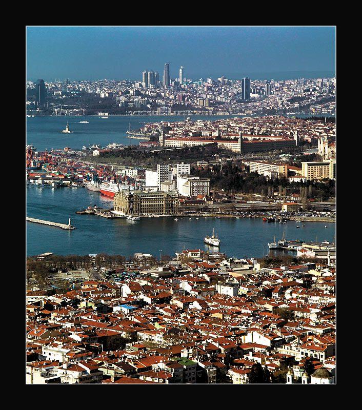 Istanbul view above Kadikoy by mustafaturgut