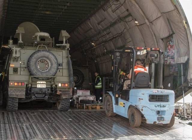 Las Fuerzas Armadas españolas refuerzan su material en Mali-noticia defensa.com