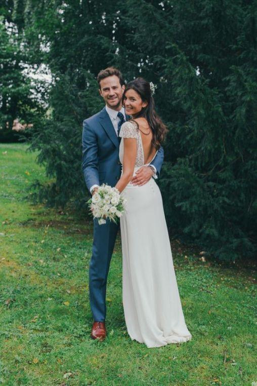 50+ Wedding Dresses With V Shaped Back Ideas 42