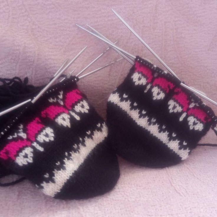 Mutlu pazarlar herkese #beşşiş #patik #kelebek #çeyizalışverişi #crochetlove #handmade #siparisalinir