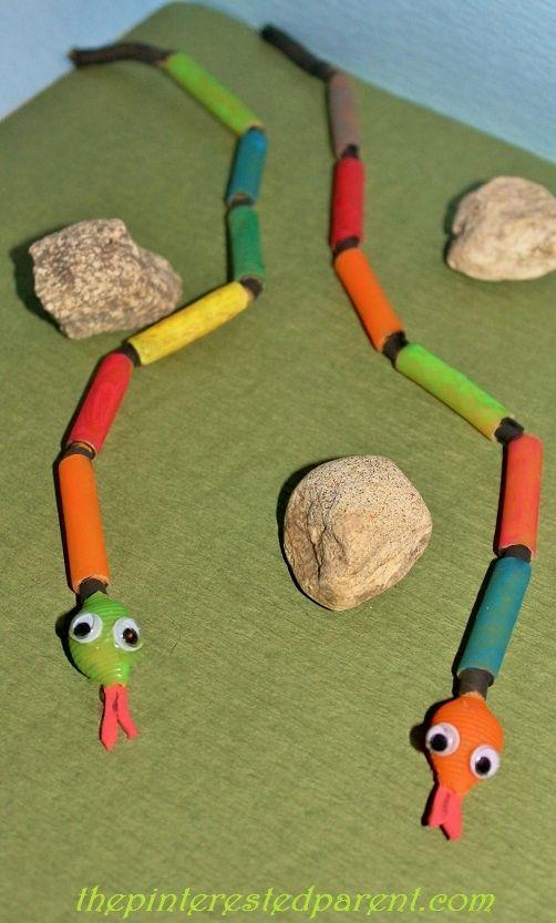 Cuando se de en clase el tema de los animales, con ayuda de rollos de papel, los alumnos podrán crear sus propios animales. Los rollos podrán recortarlos al tamaño que elijan y podrán pintarlos.