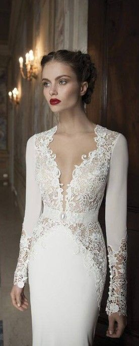 Regal style white wedding evening gown dress in lace