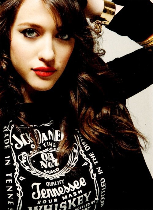 Kat Dennings.. I really think I'm in love with this woman.