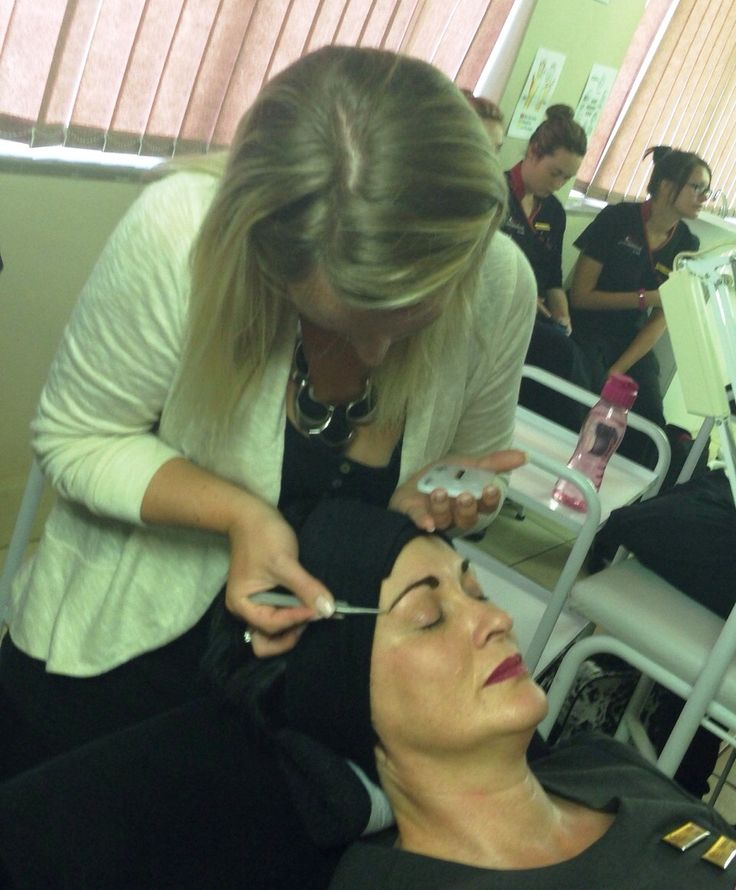 The Somatology students enjoyed the recent LashBrow demonstration from Caro, and found it very interesting. LashBrow is a make-up application for eyebrows in minutes. The silky-coating-sealant gets applied on mouse colorants, locking the product in for several days. LashBrow is not only a tint but ideal for clients with no arch / tail or a scar in the eyebrow area.