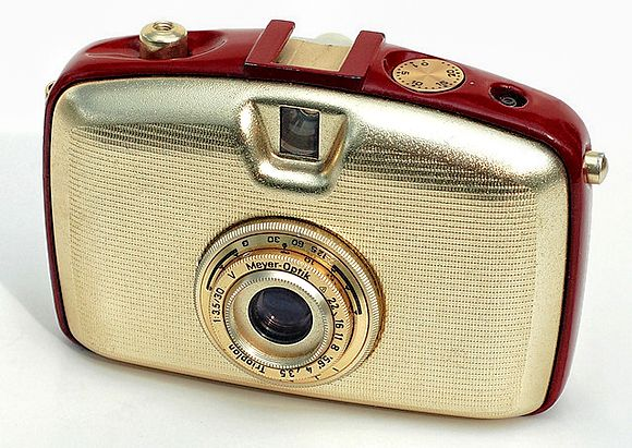 46-vintage-cameras-a-buyer-s-guide-for-photographers-pentacon-penti.jpg (580×411)