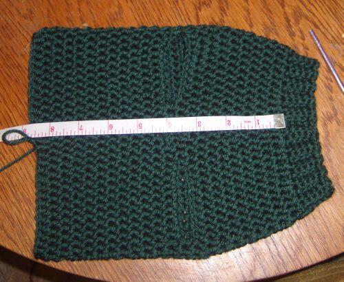 Crochet Dog Sweater Tutorial , worth a look Dec 2014 NEW LINK http://www.jennawingatedesigns.com/2014/11/custom-fit-dog-sweater-ebook.html