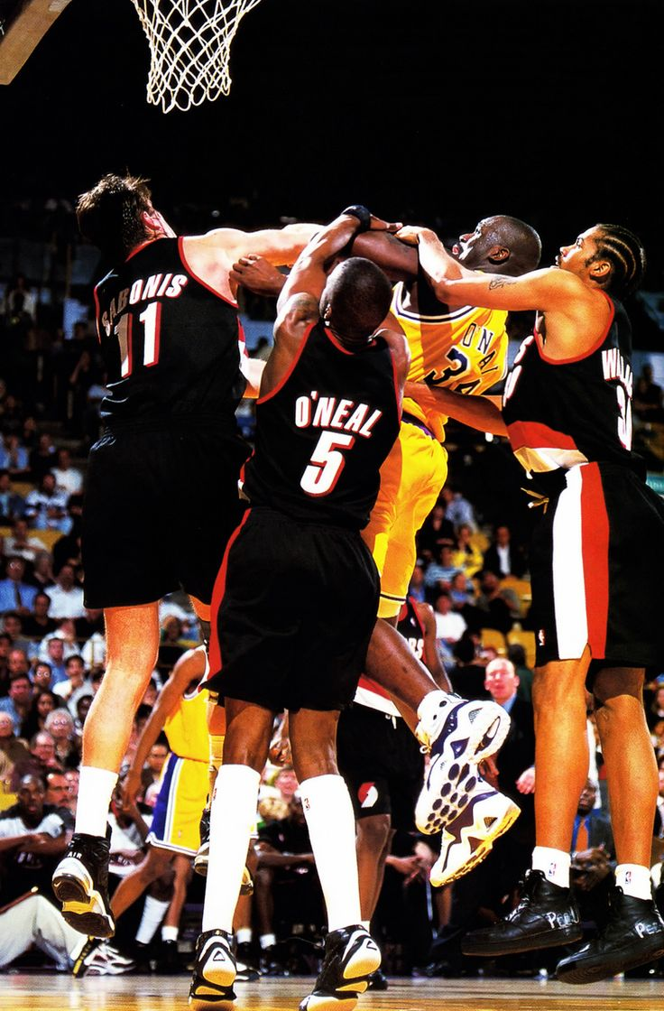 The Portland Frontline Gangs Up On Shaq.