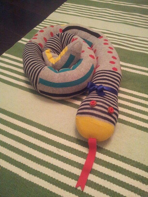 Serpente fatto con calzini :-):-):-)